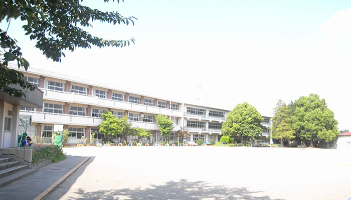 久喜市立菖蒲小学校 外観