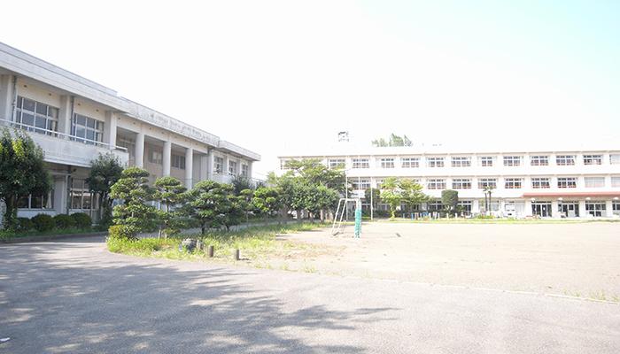 久喜市 江面第1小学校 外観